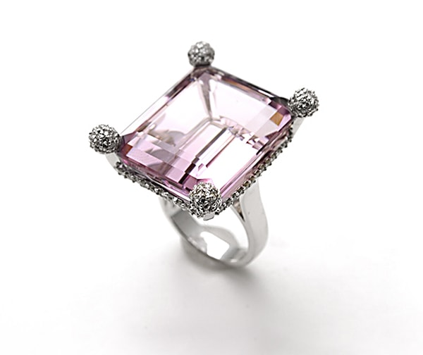 Amethyst Sofa Ring